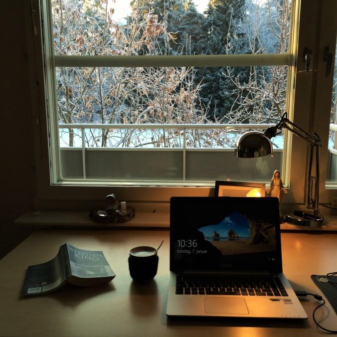 Et skrivebord med udsigt... / A desk with a view...