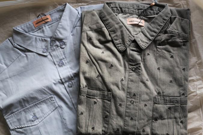 Mine to nye skjorter - købt på udsalg hos Custommade. (Maven kan også være i dem.) / My two new shirts from Custommade. (My belly also fits:)